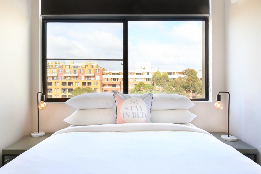 Bedroom near Darling Harbour