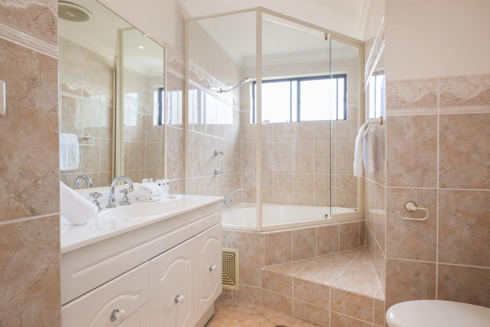 Ensuit Bathroom