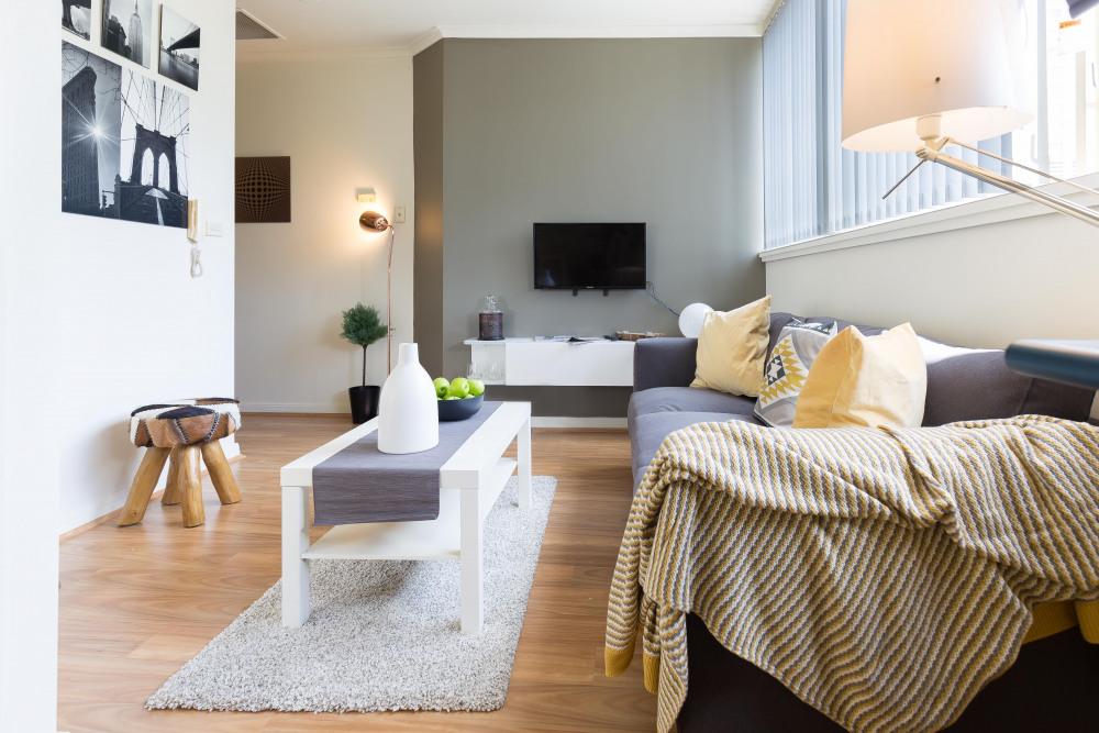 Bright sunny loungeroom