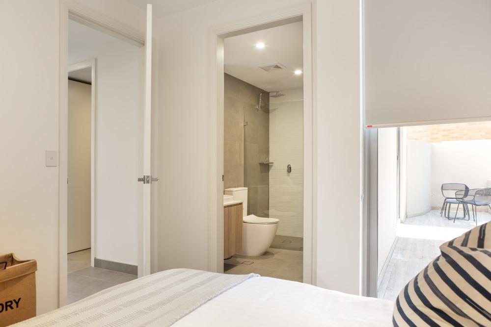Master Bedroom/Ensuit Bathroom