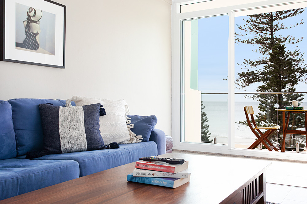 Living Room/Water View