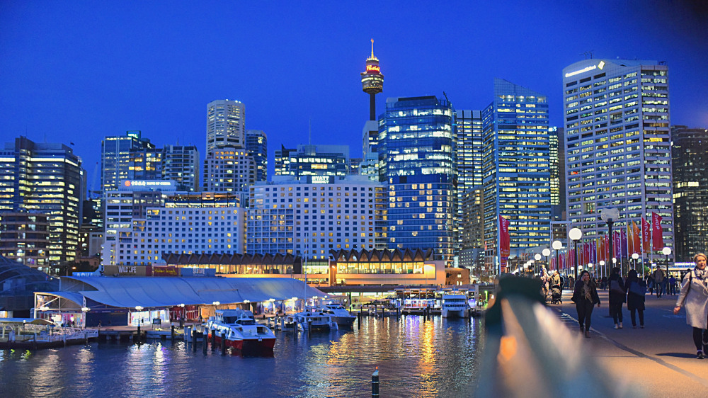 Stay near the heart of Darling Harbour