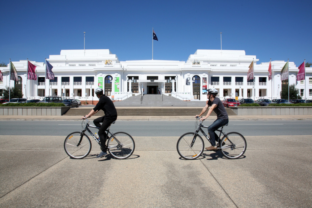 11 mins drive to Parliament House