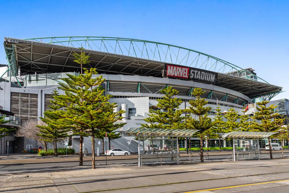 6 mins walk to Marvel Stadium