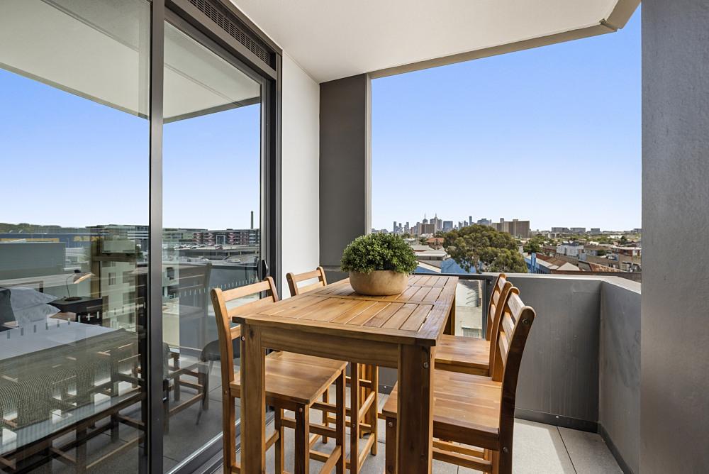 Balcony / Dining Area