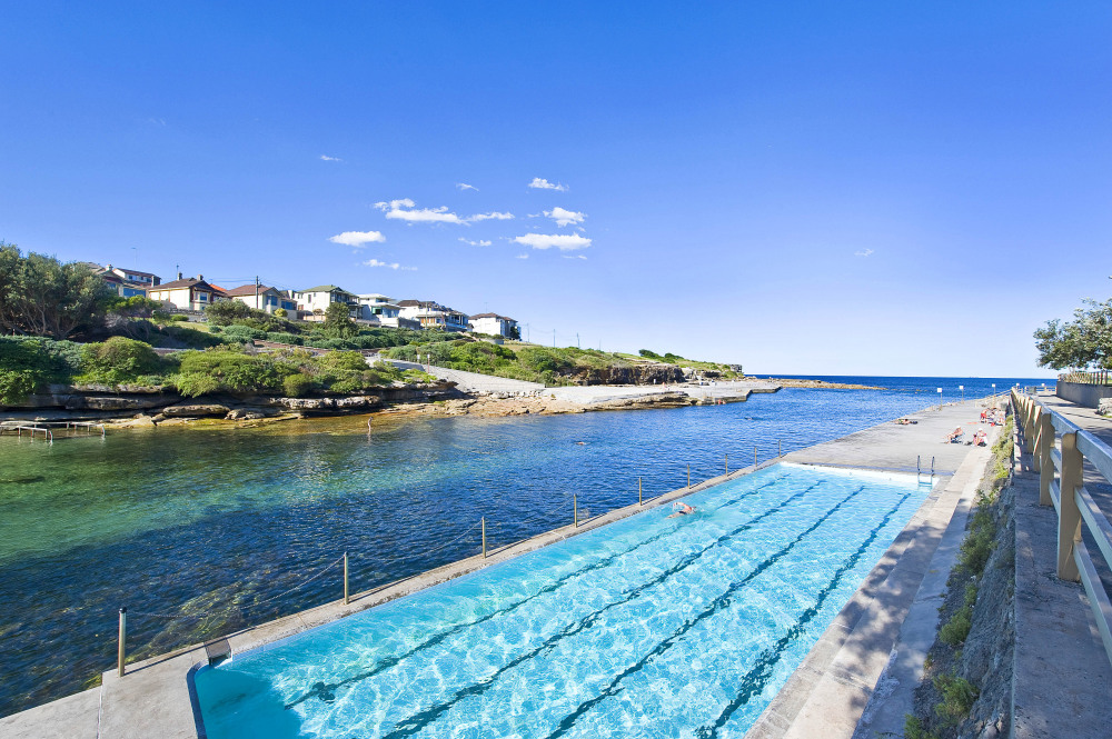 Clovelly Beach and Pool