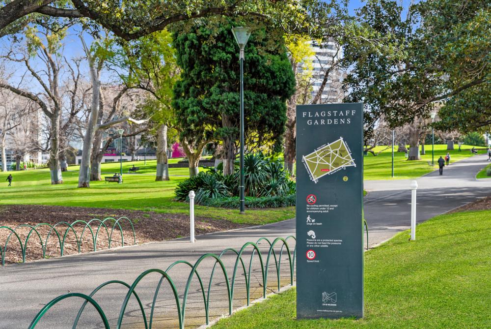 7 mins walk to Flagstaff Gardens
