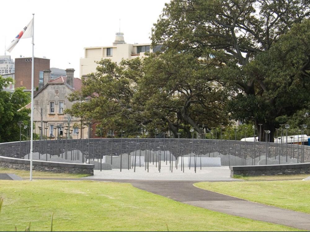 10 mins walk to Korean War Memorial