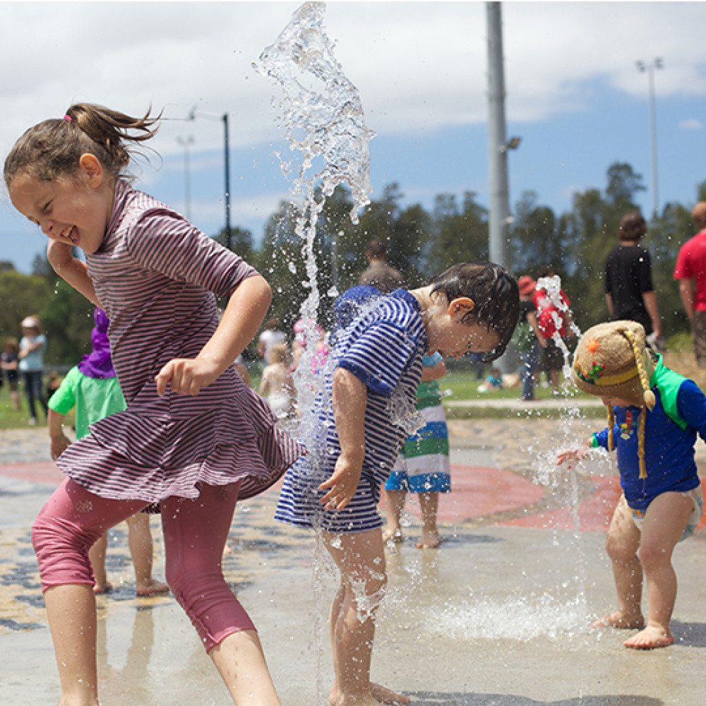 4 mins drive to Steel Park Waterplay Park